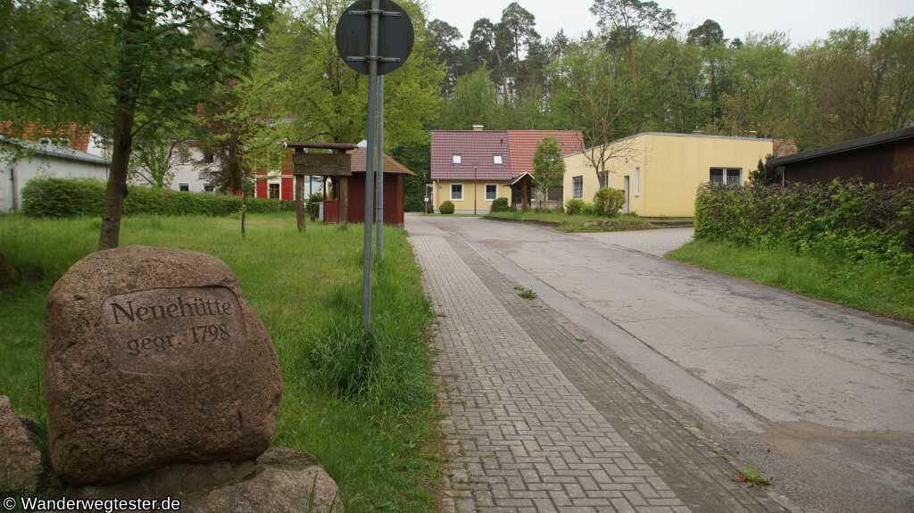 Gedenkstein in Neuehütte